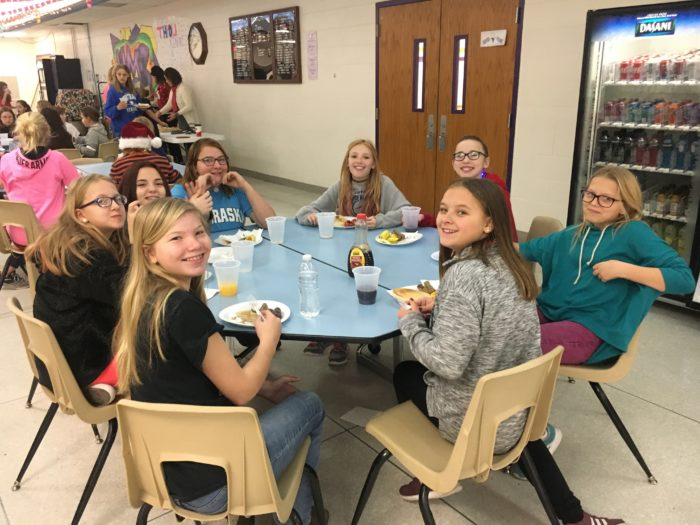 Learning Beyond the Classroom: 6th Grade Empty Bowls