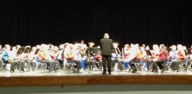Holdrege Hosts Central Conference Honor Band